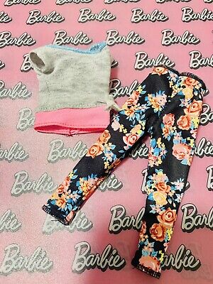 £10 • Buy Barbie Yoga Made To Move Fashionista Doll Clothes Set Floral Leggings Sweat Top