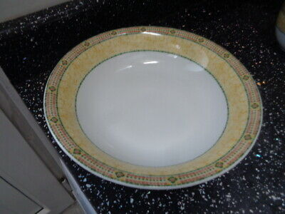 £15 • Buy Wedgwood Home Florence Serving Bowl