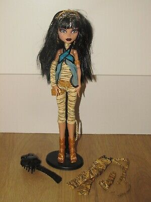 £40 • Buy Monster High Rare Doll Cleo De Nile - First Wave And Stand