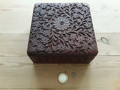 £11.80 • Buy Wooden Spice Box Traditional Indian With Hand Carved Decoration And Wooden Spoon