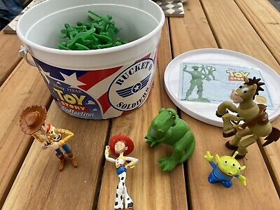 £14.85 • Buy Disney Pixar Toy Story Collection Bucket Of Soldiers With Extra Figures