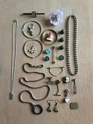 £5 • Buy Job Lot Costume Jewellery Collectables.