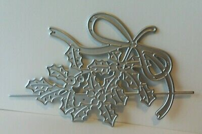 £1.20 • Buy Tattered Lace  Holly & Bow  Over The Edge Cutting Die