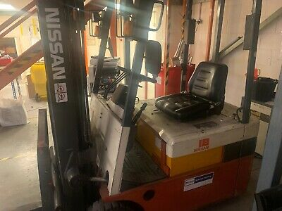 £500 • Buy Nissan Fork Lift Truck - Electric