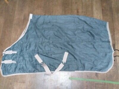 £10 • Buy Lightweight Stable Horse Rug 5ft 6 Great Under Layer Green