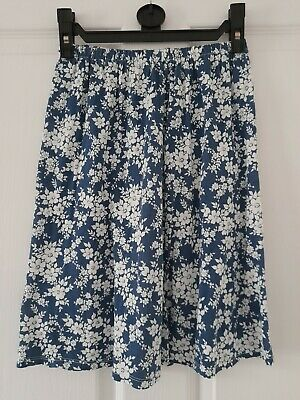 £4 • Buy New Look Blue Womens/ladies Skater Skirt With White Flower Pattern (size 8)