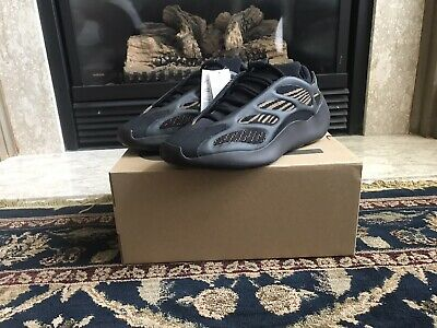 $ CDN370 • Buy DS Yeezy 700 V3 Clay Brown Size 9.5 US