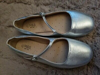 £1.30 • Buy M&S Girls Shoes Size 3 Silver. Ideal For A Wedding/party