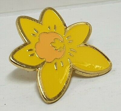 £3.99 • Buy Marie Curie Cancer Care Daffodil Pin Badge Lapel Brooch Charity Charities Wales