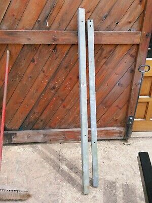 £20 • Buy Steel Gate Posts - Cash On Collection