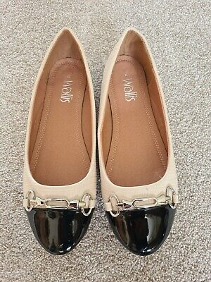 £7 • Buy Wallis New Dolly  Shoes Size 4