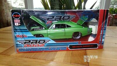 $9.99 • Buy MAISTO PRO RODZ 1969 DODGE CHARGER R/T 1:24 Scale Diecast W/box DODGE CHARGER