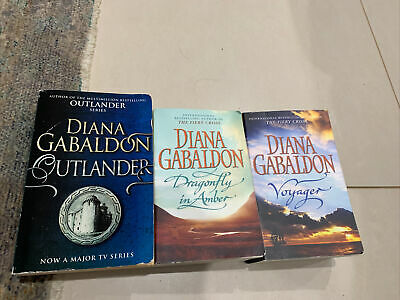 AU29 • Buy Outlander Series Books 1-3 By Diana Gabaldon Voyager Dragonfly In Amber # 2