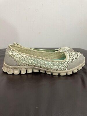 £28 • Buy Women's Slip On Sketchers Air Cooled Memory Foam Shoes Lace Affect Size  6