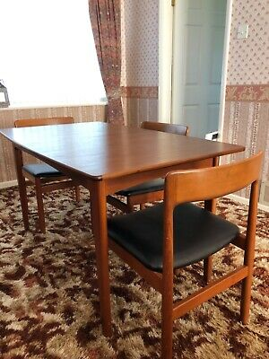 £300 • Buy Vintage Extending Dining Table A Younger - Fantastic Condition