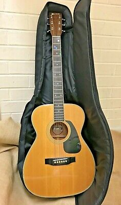 AU150 • Buy Morris MF 201 Accoustic 6-string Guitar With Carry Case