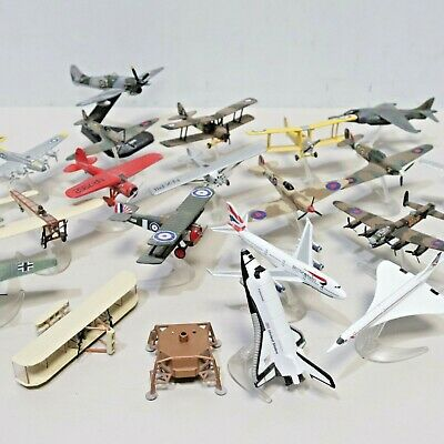 £23 • Buy 24 X CORGI Die-Cast Model Collection FIGHTING MACHINES, 100 YEARS Planes -254