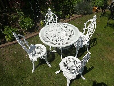 £295 • Buy Garden Furniture Set - Table With 4 Crown Top Chairs - Cast Aluminium