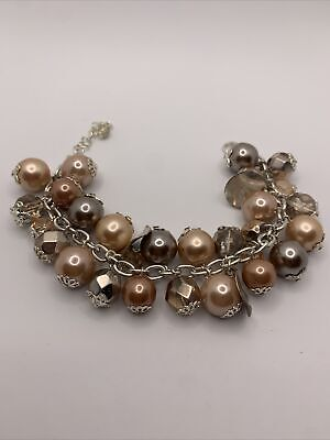 £0.99 • Buy Large Pearl And Silver Chunky Charm Braclet