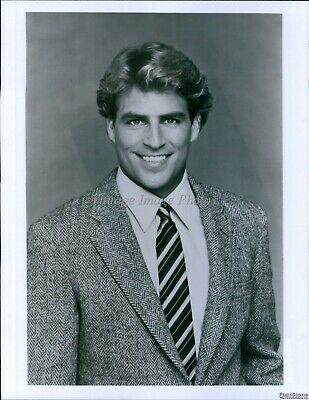 $ CDN24.97 • Buy Ted Mcginley As Roger Phillips Principal Vocational Happy Days Actor Photo 7X9