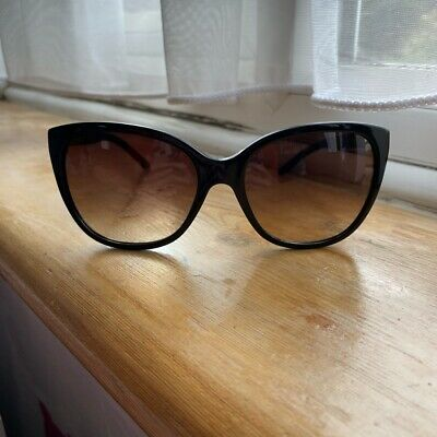 £100 • Buy Versace Sunglasses Women Black With Gold Detailing, Comes With Original Case