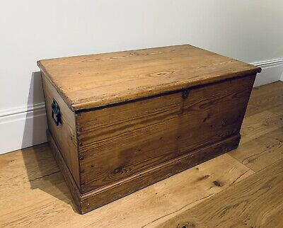 £28 • Buy Old PINE CHEST, ANTIQUE Wooden Blanket TRUNK, Coffee TABLE, Storage BOX, Vintage