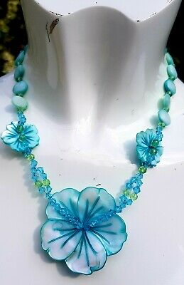 £1.20 • Buy Pre Loved Lucite  Statement Necklace  Vintage Costume Jewellery