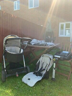 £200 • Buy Mamas & Papas Sola 2 Travel System With Carrycot, Car Seat And Isofix Base