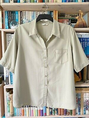 £6 • Buy Short Sleeved Khaki Shirt / Top From Marks And Spencer. 100% Lyocell. Size 20