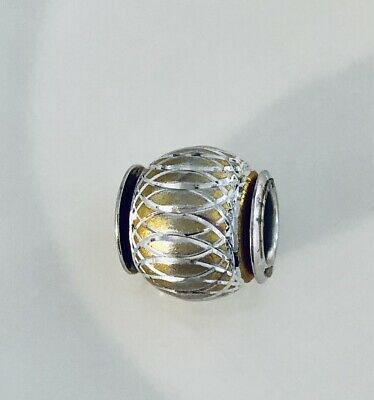 £5 • Buy Genuine Amore Baci Vintage Bead Used But Excellent Condition Silver And Gold