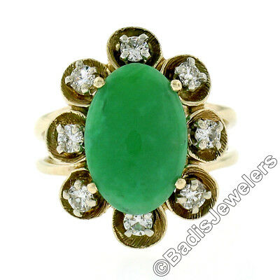 AU1141.08 • Buy Vintage 14K Yellow Gold Oval Jade Solitaire Ring W/ 0.50ctw Diamond Halo Frame