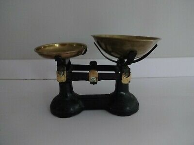 £17.99 • Buy Vintage Cast Iron Kitchen Balanced Scales - Black With Brass Pans -lot X