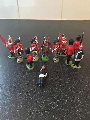 £10 • Buy Vintage Britains Life Guard Scot Guard Toy Soldiers