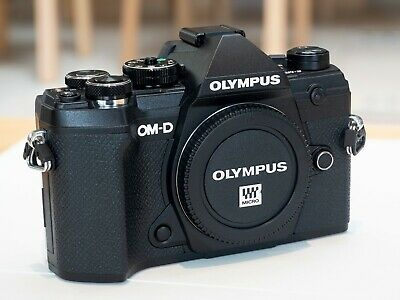 View Details Olympus OM-D E-M5 Mark III 20.4MP Body Only Mirrorless Camera - Black Excellent • 515£