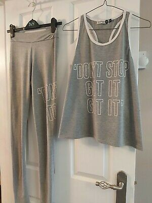 £5 • Buy Bnwot Ladies Gret Leggings And Vest Top Perfect Condition Size 8 From Boohoo