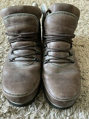 £34 • Buy Rockport Boots Size 10