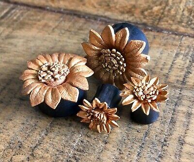 $17.95 • Buy PAIR Gold Leather Flower Plugs Tunnels Gauges Earlets Body Jewelry
