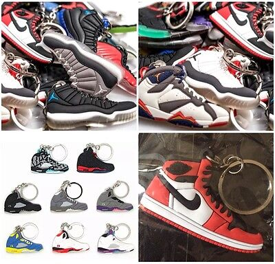 35 Jordan, Yeezy, Kyrie, Curry, Misc. Shoe Keychains + FREE GIFT - Random Pick • 39.99$