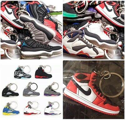 75 Jordan, Yeezy, Kyrie, Curry, Misc. Shoe Keychains + FREE GIFT - Random Pick • 79.99$