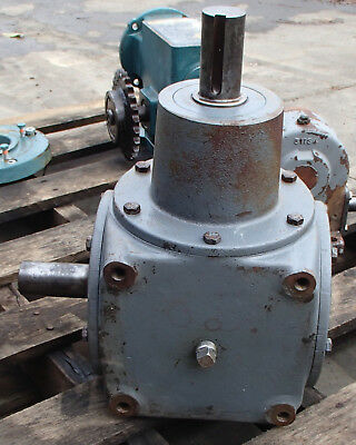 $499.95 • Buy Hub City Right Angle Bevel Gear Drive 1/1 Ratio Model 800 Style DE Used Take Out