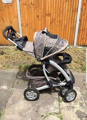 Graco Quattro Tour Deluxe Travel System • 70£