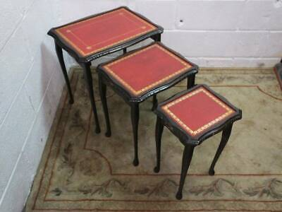 SET Of DARK OAK RED LEATHER TOPPED NEST OF 3 TABLES, The Glass Inserts Are Missi • 35£
