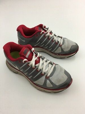 the latest 6d9ff fd637 Nike Lunareclipse 2 - Women s Size 6.5 - Athletic Running Shoes  Platinum Crimson • 17.00