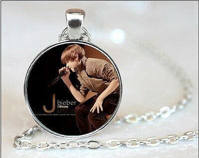 £2.99 • Buy Lovely Justin Bieber Picture Silver Tone Necklace. Organza Gift Bag ...