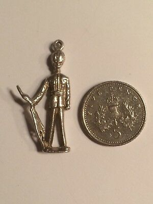 Metal Detecting Find Vintage Sterling Silver Charm Soldier Queens Guard London • 9.99£