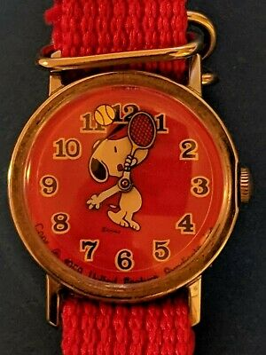 e625c65259 Vintage Red Snoopy Playing Tennis Timex Mechanical Wind Up Wrist Watch  Rare! • 84.95€