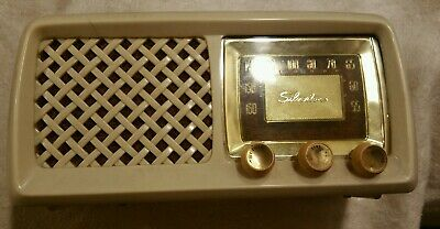 $ CDN46.94 • Buy  Silvertone 2016  Ivory Am Tube Radio Working Clean