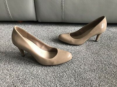 Clarks Somerset Nude Court Shoes Heels Patent Leather 3D Occasion Party Wedding • 23£