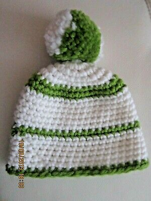 £2 • Buy  Thick Bobble Hat