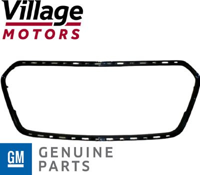 AU70 • Buy Genuine Holden New Front Lower Grille Surround VF Series 1 Commodore SV6, SS